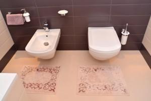 mat-toilet-pink