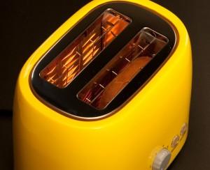 toaster-yellow